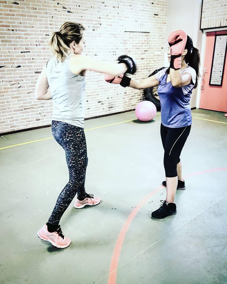 Dames boksen vrouwen boxing ladies boxing mama's