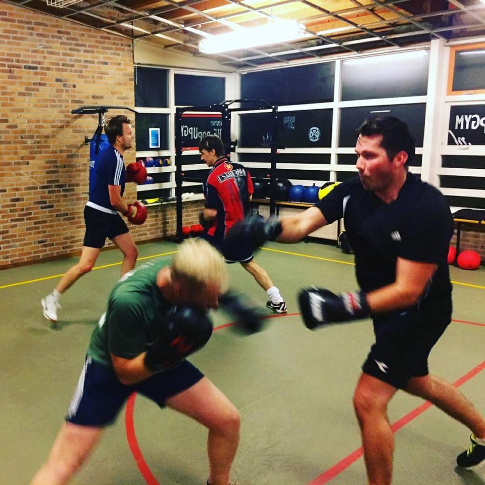 pop-up gym boksen boksles bokstraining rosmalen